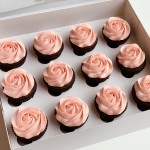 Chocolate & Pink Roses