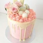 Deluxe Drip Cake tall 15cm