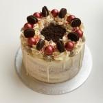 Red Velvet Oreo Cake 15cm